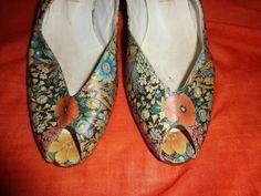 Vintage*Pumps*Slingpumps*Flowers*40*Blumenmuster*+von+SweetSweetVintage+auf+DaWanda.com