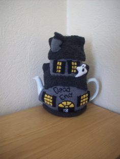 Knitted Tea cosy cosie Haunted House with ghosts and by rosiecosie