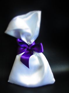 Lace & More - white satin with purple bow