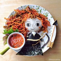 Anyone Caught Eating These Disney Food Art Should be Fined (Because it's absolutely adorable! Bento Recipes, Baby Food Recipes, Diet Recipes, Food Design, Plate Design, Cute Food, Yummy Food, Kreative Snacks, Amazing Food Art