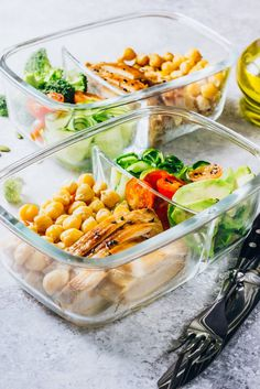 20 Healthy Meal Prep Bowls To Make Your Life Stress Free Healthy Eating Habits, Healthy Foods To Eat, Clean Eating Recipes, Keeping Healthy, Best Meal Prep, Healthy Meal Prep, Clean Eating Grocery List, Clean Eating For Beginners, Healthy Groceries