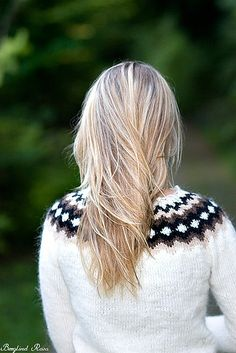 Icelandic wool sweater by Berglind R, via Flickr  great hair--great sweater