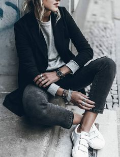 13 trajes para la lluvia, pero no tanto frío - estilo casual - estilo urbano - estilo clasico - estilo natural - estilo boho - moda estilo - estilo femenino Looks Street Style, Looks Style, Looks Cool, Style Me, Girl Style, Classic Style, Mode Outfits, Fall Outfits, Casual Outfits