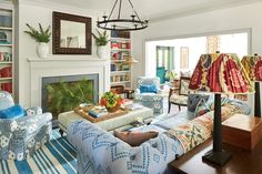 Southern Living's 2018 Idea House is in Austin and Open for Tours — Society Letters Houses In Austin, Austin Homes, Austin Texas, Furniture Care, Living Room Furniture, Furniture Ideas, Modern Furniture, Outdoor Furniture, Southern Living Rooms