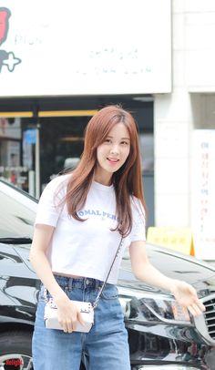 Yoona, Kim Hyoyeon, Sooyoung, South Korean Girls, Korean Girl Groups, Snsd Yuri, Korean Girl Band, Airport Style, Airport Fashion