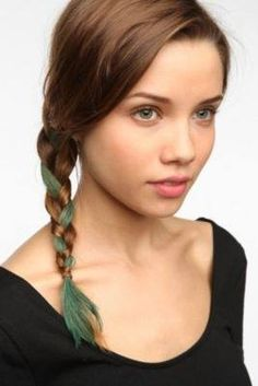 Comb-In Hair Color. Love this color! Want it in my hair. Everyday Hairstyles, Pretty Hairstyles, Hair Inspo, Hair Inspiration, Writing Inspiration, Colored Braids, Colored Hair, Hair Chalk, Halloween Hair