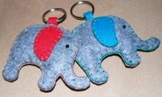 Keyrings made in the shape of an elephant. It has 7cm in length, contains ring. Made in felt.  100% handmade
