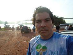 Photographer Luxã Nautilho. Photographer movie. 21.01.2014 Luxã Nautilho em Mãe do Rio, Pará, indo para Palmas