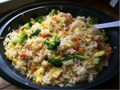 """Quirky Cooking - """"Fried"""" rice in Thermomix Thermomix Fried Rice, Thermal Cooking, Bellini Recipe, Quirky Cooking, Arroz Frito, Cooking Recipes, Healthy Recipes, Cooking Fails, Cooking Blogs"""