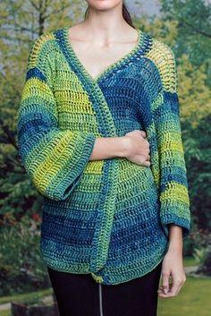 Farbe trifft Form: Kostenlose Anleitung für eine gehäkelte Kimono-Jacke - Initiative Handarbeit/crocheted kimono-cardigan