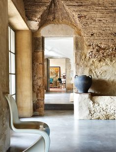"""mediterraneanfeel: """" An inspired restoration of an old Spanish farmhouse The farmhouse dating from the seventeenth century is located in Empordà and it has been modified, restored and decorated by Serge Castella. Interior Architecture, Interior And Exterior, Panton Chair, Tadelakt, Natural Interior, Modern Rustic, Interior Inspiration, Living Spaces, Sweet Home"""