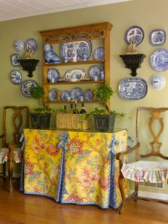 Nancy's Daily Dish: Decorating with Blue Transferware and a GIVEAWAY! blue and white transferware French Decor, French Country Decorating, Rustic French, Blue And White China, Blue Yellow, French Country House, French Cottage, Country Charm, Cottage Style