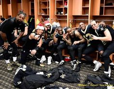 """""""Happy Holidays from the Gang‼️⚜️⚜️⚜️ #MerryChristmas #VictoryMonday #WhoDat #Family #TrustGod"""" ~Willie Snead IV"""