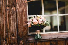 wedding bouquet vintage rustik pink biedermeier roze paars bruidsboeket trouwboeket Wedding Bouquets, Candles, Pink, Vintage, Wedding Brooch Bouquets, Bridal Bouquets, Wedding Bouquet, Candy, Wedding Flowers