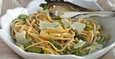 Whole-Wheat Linguine with Asparagus and Lemon
