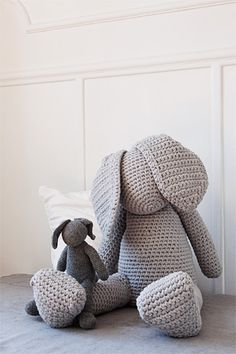 Crochet Bunny Lenny. Come into my arms: The funny bunny, you can crocheting in XXXL or even in normal plush toy size.
