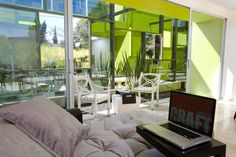 Interior Design of Trevox 223 Reflective Building – A Reconstructed 40 year Old House - Amazing mirror house   jebiga  