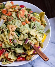 Bow Tie Pasta Primavera with Avocado-Pesto on Top from @lunchboxbunch