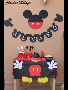 Best birthday party first mickey mouse clubhouse Ideas Mickey Mouse Birthday Decorations, Theme Mickey, Mickey Mouse Parties, Mickey Party, Pirate Party, Mickey Birthday Parties, Birthday Ideas, Festa Mickey Baby, Fiesta Mickey Mouse