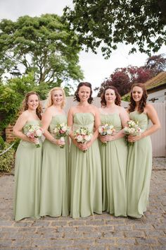 Green Bridesmaids Ebony Rose - Monica