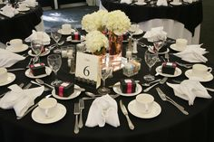 Red, White, and Black Tablescape at Hidden Creek Country Club