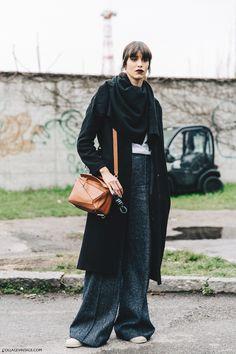 Milan_Fashion_Week_Fall_16-MFW-Street_Style-Collage_Vintage-Model-Tweed_Trousers-Loewe_Bag.
