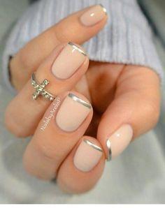 nice Silver tip nails idea for natural nails. French Tip Nail Designs, French Tip Nails, Nail Art Designs, Nails Design, French Tips, Trendy Nails, Cute Nails, Silver Tip Nails, Silver French Manicure