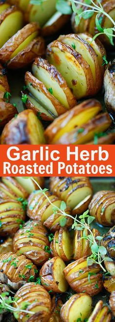 Garlic Herb Roasted Potatoes – the easiest and delicious roasted potatoes with olive oil, butter, garlic, herb and lemon | rasamalaysia.com