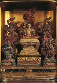 Five Wisdom Kings Buddha Buddhism, Buddha Art, Japanese Buddhism, Buddhist Shrine, Asian Sculptures, Buddha Sculpture, Hindu Art, Japan Art, Religious Art