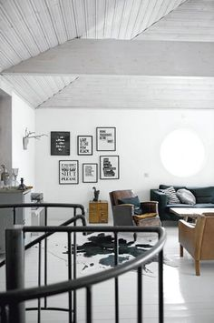 Living Room : Monochrome with an industrial style kitchen via Coco Lapine Design Industrial Style Kitchen, Industrial House, Industrial Chic, Vintage Industrial, White Industrial, Vintage Glam, Home Living Room, Living Spaces, Le Logis