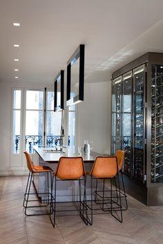 LUV DECOR: Um apartamento moderno, próximo da Torre Eiffel