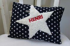 Kissen Stern von Suehse-Welt auf DaWanda.com Throw Pillows, Sew Pillows, Stars, World, Projects, Cushions, Decorative Pillows, Decor Pillows, Pillows