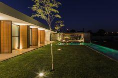Galeria de Casa MCNY / mf+arquitetos - 13