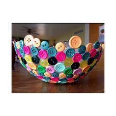 This bowl is so fun. I can't wait to make this. #DIY #supercool #bottons