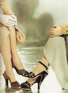 Fabulous 1940s shoe fashion