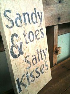 lyrics sandy (4th of july asbury park) the hollies