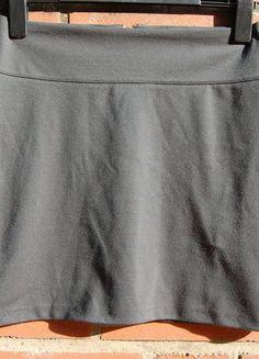 Kaufe meinen Artikel bei #Kleiderkreisel http://www.kleiderkreisel.de/damenmode/minirocke/136634246-schoner-bequemer-gruner-rock-von-fraulein-stachelbeere
