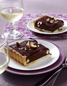 Schokoladen-Tarte mit getrockneten Fr�chten