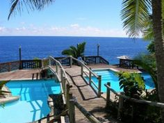 Matavai Resort in Niue provides a complete resort getaway for families, groups and couples.