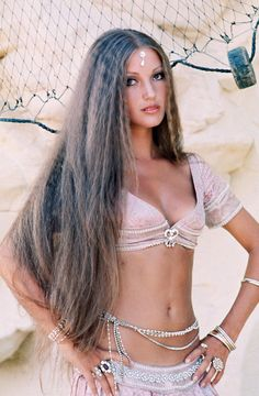 Jane Seymour in 1977
