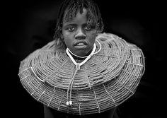 Pokot girl with giant necklace - Kenya | Flickr: Intercambio de fotos