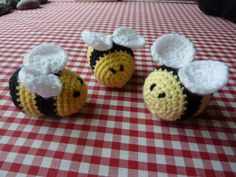 Ravelry: Fuzzy Little Friends by Janet McMahon.. Free pattern!