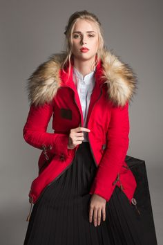 TREND WARM WINTER PARKA WITH HOODIES FAUX FUR