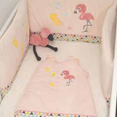 Domiva, Autour de bébé, flamant rose