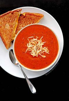 Quick and Easy Tomato Soup Recipe | shewearsmanyhats.com
