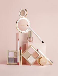Still life photographer in London Joshua Caudwell shoots creative still life imagery of cosmetics for Topshop. Makeup photography for topshop of cosmetics still life. Luxury Cosmetics, Laura Mercier Foundation, Makeup Photography, Product Photography, Life Photography, Creative Photography, Photography Ideas, Fashion Still Life, Make Up