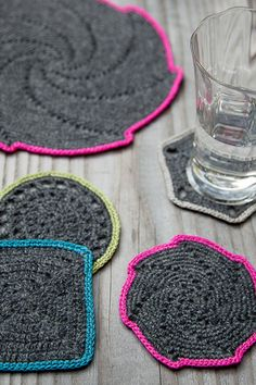 crochet coasters. wanna make these!
