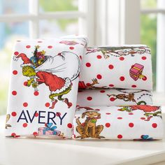 Shop girls sheets and sheet sets at Pottery Barn Teen. Find printed and bright color sheets to complement your bedding and style. Christmas Bedding, Christmas Room, Grinch Christmas, All Things Christmas, Christmas Holidays, Christmas Decorations, Xmas, Grinch Decorations, Christmas Morning