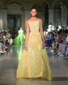 "Rami Kadi Look Fall Winter 2020 Couture Collection : Embroidered Yellow Slip Sheath Evening Maxi Dress / Evening Gown with Spaghetti Straps. ""Temple of Flora"" Fall Winter 2020 Couture Collection. Runway Show by Rami Kadi Haute Couture Gowns, Style Couture, Couture Dresses Gowns, Haute Couture Fashion, Juicy Couture, Event Dresses, Maxi Dresses, Maxi Robes, Couture Collection"