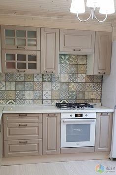 Choosing New Kitchen Cabinets Budget Kitchen Remodel, Kitchen On A Budget, Cheap Kitchen, Kitchen Remodeling, Grey Kitchen Designs, Interior Design Kitchen, Vintage Kitchen Decor, Home Decor Kitchen, Country Kitchen